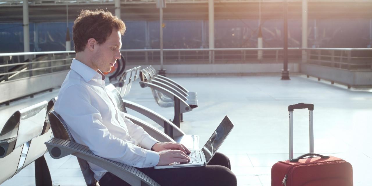 Faciliter le contrôle et le suivi des dépenses en voyage d'affaires